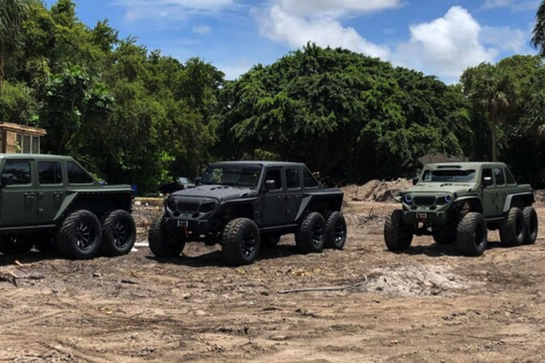 SoFlo SF 6x6G. Jeep