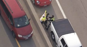 Tow truck driver fight on Hwy 401