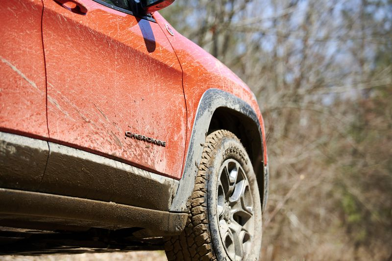 offroad offroading off-road off-roading mud sand comparison test