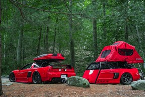Acura superfan turns half an NSX into trailer to pull behind his converted NSX camper - 2