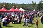 Thousands enjoy the sun, green grass, great food and music in Hawrelak Park on Saturday
