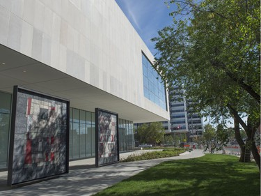 August 2016 marked a construction milestone of the new Royal Alberta Museum. Ernestine Tahedl, is the mosaic panel artist who created the nine panels that previously adorned the Canada Post building on the same site.