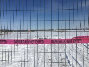 Over the Easter long weekend, a fence went up, separating the Verte Homesteader subdivision from the empty field next door. Alberta Environment says the land is polluted with with benzene, naphthalene, polycyclic aromatic hydrocarbons, dioxins and furans and lead.