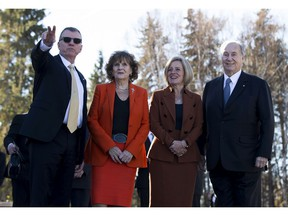 University of Alberta presdient David Turpin, left, points to a feature with Lt.-Gov. Lois E. Mitchell, Premier Rachel Notley and the Aga Khan prior to the official inauguration of the Aga Khan Garden at a ceremony at the University of Alberta Botanic Garden on Tuesday, Oct. 16, 2018 .