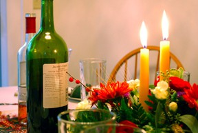 Juanita Roos recommends choosing food-friendly Thanksgiving wines with freshness, elegance, and low alcohol levels.