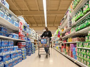 In a new report examining consumer confidence in the food industry, the AAL found that despite the disruptions over the past year, Canadians have more faith in the supply chain than in each other.