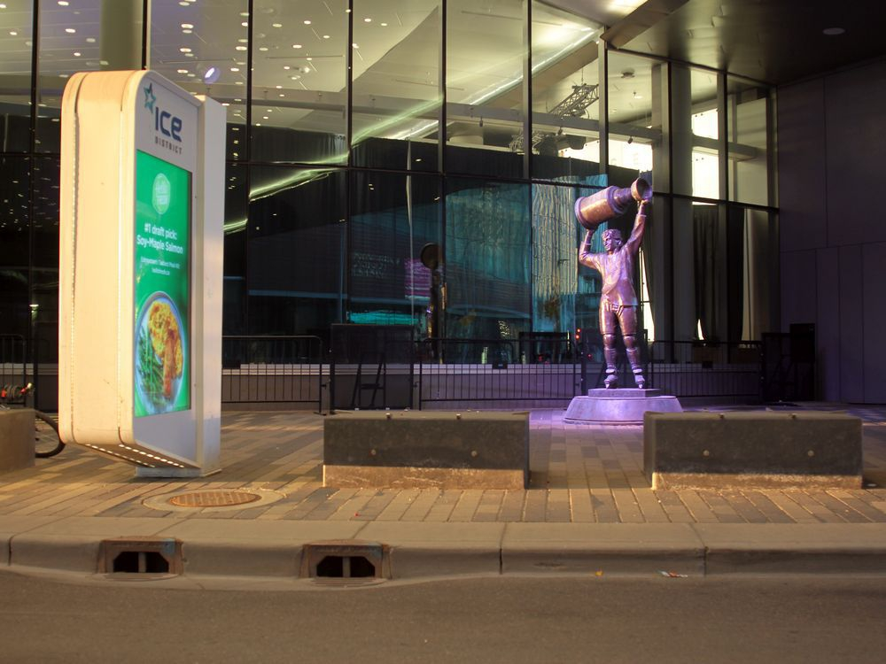 The Wayne Gretzky statue is hidden under a pedway. Here are five better spots for Edmonton's most famous monument