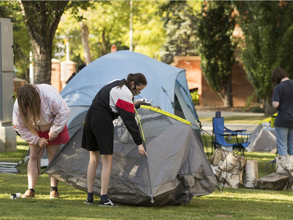 Protest campout off Whyte calls for housing for homeless, and safe drug supply