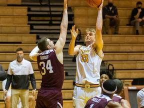 Valparaiso University's Ben Krikke was named to the all-Missouri Valley Conference third team, along with fellow Edmonton product Aher Uguak, of Loyola Unviersity Chicago, on Tuesday, March 2, 2021. Both were also named to the MVC's Most Improved team.
