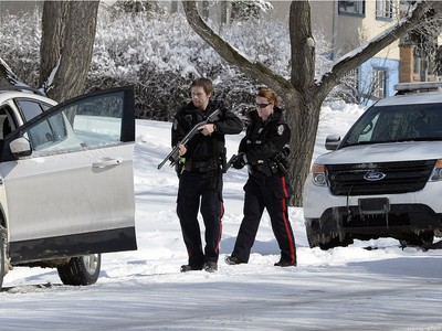 Regina Police Members executed a high-risk takedown of a vehicle suspected in an incident that took place on Albert Street early Tuesday afternoon. According to police, a complaint came in at 12:44 p.m. of a woman chasing someone with a bat on the 1200 block of Albert Street before jumping in a vehicle and leaving the scene. A witness said there might have been a firearm inside the vehicle as well. Eventually, a vehicle matching that description was located in the 3800 block of Regina Avenue. Two people were taken into custody after bats were found in the vehicle but eventually released after when police could not locate the original complainants.
