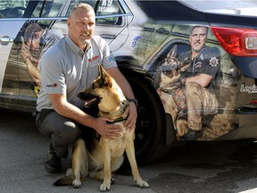 Chris Siddons and his service dog Sierra.