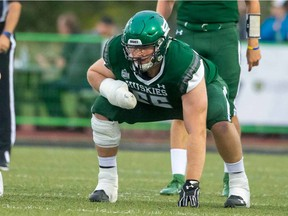 The Saskatchewan Roughriders announced the signing of University of Saskatchewan Huskies offensive lineman Mattland Riley, the seventh overall selection in the 2020 CFL draft, on Monday.