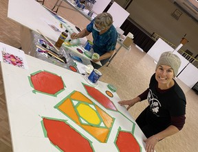 During Culture Days, the communities of Silton, Nokomis and Strasbourg invite people to tour the HWY 20 Barn Quilt Trail, featuring hand-painted replicas of quilt squares hung on barns and buildings along the self-drive route. Photo: Prairie Central District Heritage/Barn Quilt Workshops, Fall 2020