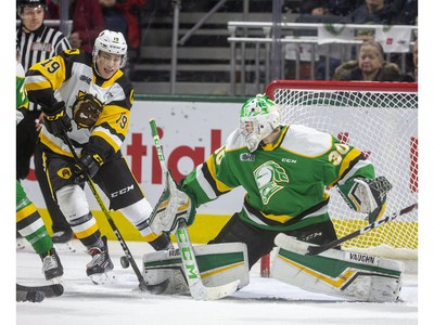 Brett Brochu of the Knights gets his pad down to stop Jan Mysak of the Bulldogs as the London Knights host the Hamilton Bulldogs at Budweiser Gardens on Friday Jan. 24, 2020.  (Mike Hensen/The London Free Press)