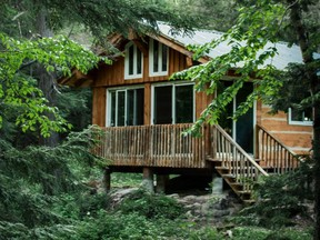 U.S. citizens owning cottages in Canada aren't in any hurry to sell, despite being locked out of their Canadian properties by border closures during the COVID-19 pandemic.