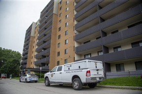 The Ontario Fire Marshal was investigating a fire at 756 Kipps Lane in London. A man injured in the July 19 fire has died. (Derek Ruttan/The London Free Press)
