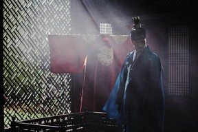 In the Korean film Masquerade (sometimes called Gwanghae: The Man Who Became King) actor Lee Byung-hun plays the king and the man hired to impersonate him.