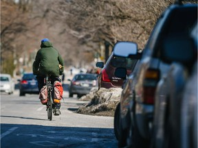 Parking will be eliminated from the south side of de Maisonneuve Blvd. where the métro station is located to make way for a temporary bike path.