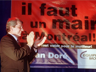 Jean Doré for Equipe Montreal before his speech of his party at the hotel of Montreal.
