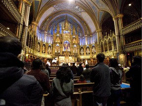Christmas mass celebrated at Notre Dame Basilica, Friday, December 25, 2009, in Montreal.