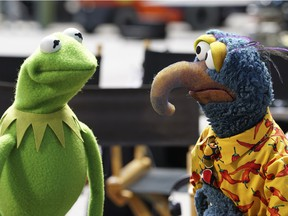 Kermit the Frog, left, and the Great Gonzo in the The Muppets. The TV show, which premièred in September, already is showing fault lines.