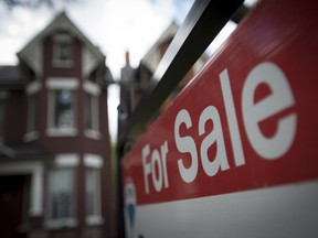The re-sale price of houses in Montreal rose for the third straight month in May, according to a report released Wednesday.