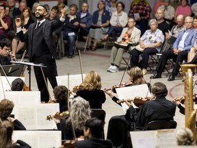 In 2013, Jordan de Souza conducts the Orchestre Philharmonique du Festival during the opening night of the Lachine Music Festival.
