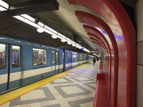 The previous $3.9-billion price tag for the Blue Line's extension did not include taxes that must be paid and underestimated the cost of expropriations, reports say.