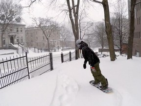 Snowboarding through Montreal streets?