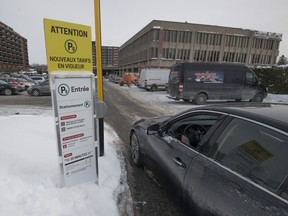 Parking at the Statcare emergency clinic in Pointe-Claire is no longer free after 30 minutes.