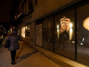 "Philip Szporer and Marlene Millar's video installation 1001 Lights celebrates a Jewish tradition and is dedicated ""to all our mothers."" (Allen McInnis / MONTREAL GAZETTE)"