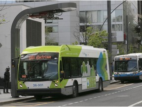 all electric, bus, stm, montreal, public transit
