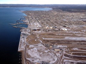 Aerial photo of the Iron Ore Company of Canada facilities on Sept-Îles.