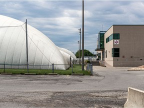 The Catalogna Soccerplexe property has been sold to a developer and is to be converted into a residential project. The Lachine borough hopes to acquire the dome section and relocate it.