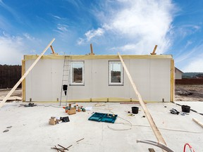 Modular homes, just like any other homes, can be judged by their build quality and their builder.