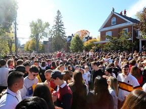 Thousands of students pack Aberdeen St. in Kingston's University District on Saturday, Oct. 19, 2019, during Queen's Homecoming weekend. Meghan Balogh/The Whig-Standard/Postmedia Network