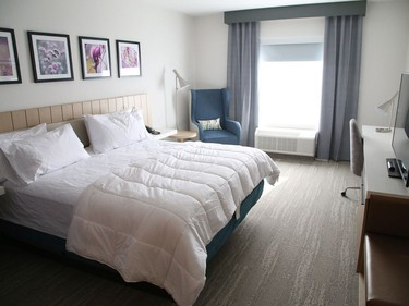 This single king room is located at the Hilton Garden Inn at 475 Barrydowne Road in Sudbury, Ont. The new hotel has 120 guest rooms, an indoor pool, fitness centre, restaurant, bar and lounge. John Lappa/Sudbury Star/Postmedia Network