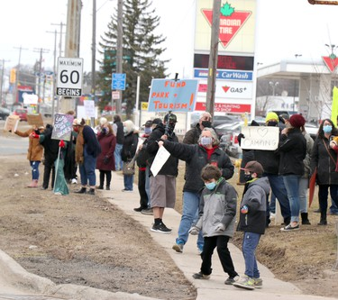 Demonstration on McNabb Street supporting campground at Pointe des Chenes on Saturday, March 27, 2021 in Sault Ste. Marie, Ont. (BRIAN KELLY/THE SAULT STAR/POSTMEDIA NETWORK)