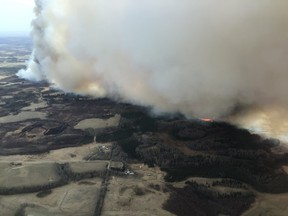 Crews continue to battle this wildfire near Tomahawk. Submitted Photo.