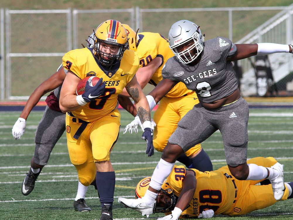 Strong first half leads Gaels to 30-7 win over Gee-Gees