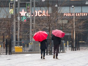 The redevelopment of Lansdowne Park carries lessons about other big projects.