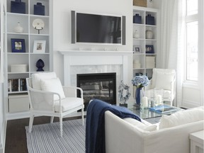 Features of Glenview's Edgewater towns include nine-foot ceilings and hardwood.