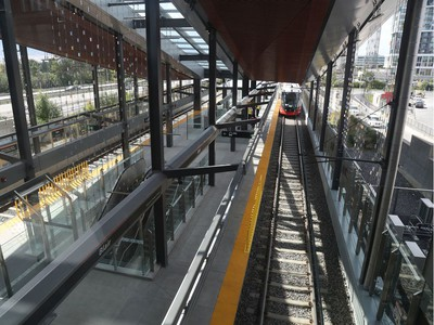 Ottawa's new LRT system was up and running for the public for the first time in Ottawa Saturday Sept 14, 2019. A train comes into Blair Station Saturday.   Tony Caldwell,