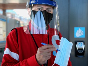 OC Transpo will stop offering free face masks as of Aug. 1