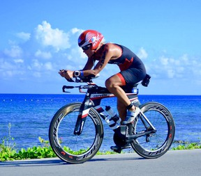 Sindy Hooper competing at the International Triathlon Union Olympic Distance World Championship in Cozumel, Mexico in 2016.