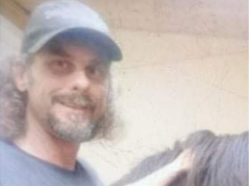 Police search for missing Papineauville man