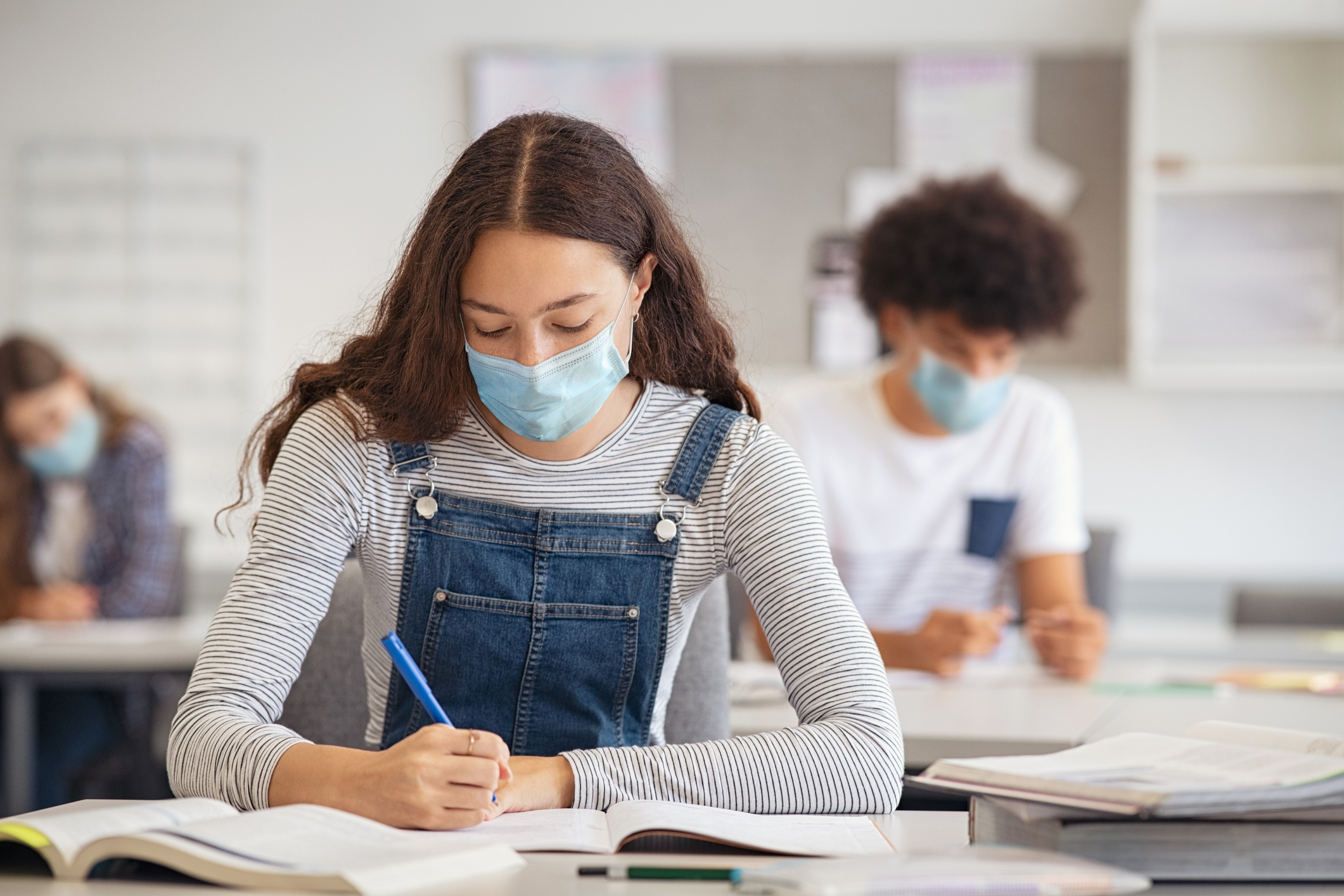 Ontario back-to-school plan includes continued indoor masking, no vaccine mandate
