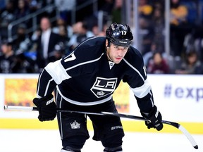 Milan Lucic, who played this past season with the Los Angeles Kings, signed with the Edmonton Oilers as a free agent on Friday.