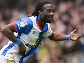 The Vancouver Whitecaps have signed former Premier League striker Marvin Emnes through the end of the season.