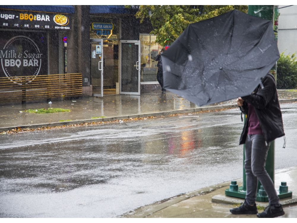 Vancouver Weather: Rain and high winds